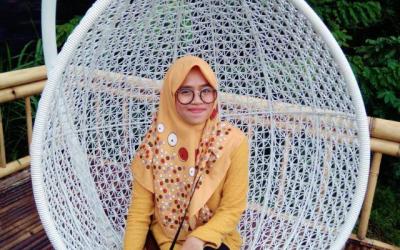 Alumni Kearsipan (Desifian Rahmaningrum)